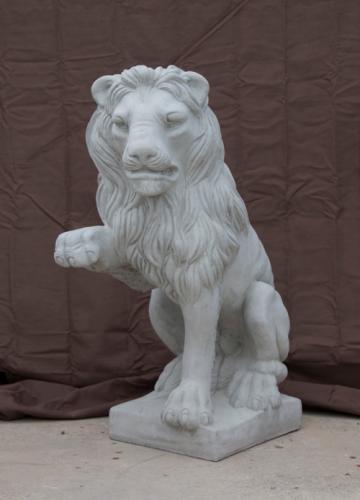 "Paw-up Lion - 24"""