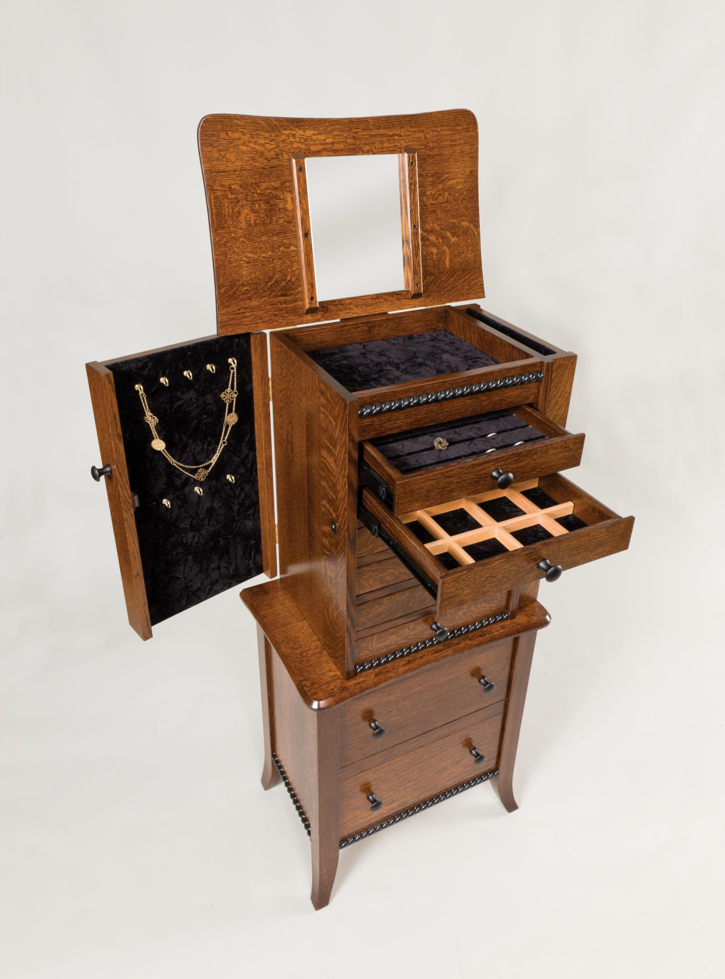 Bunkerhill Jewelry Chest (open)