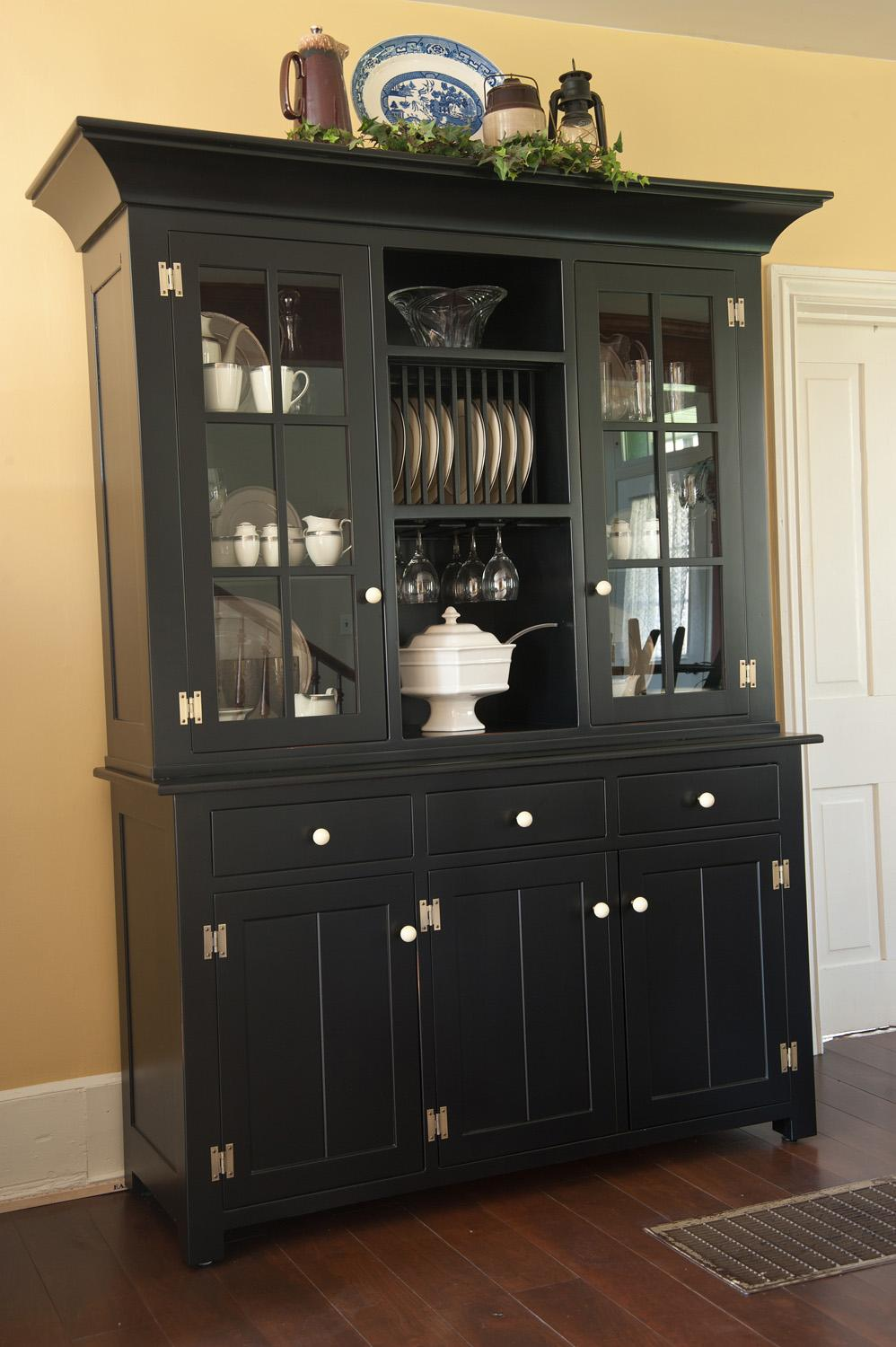Beautiful hutch for kitchen and dining accessories