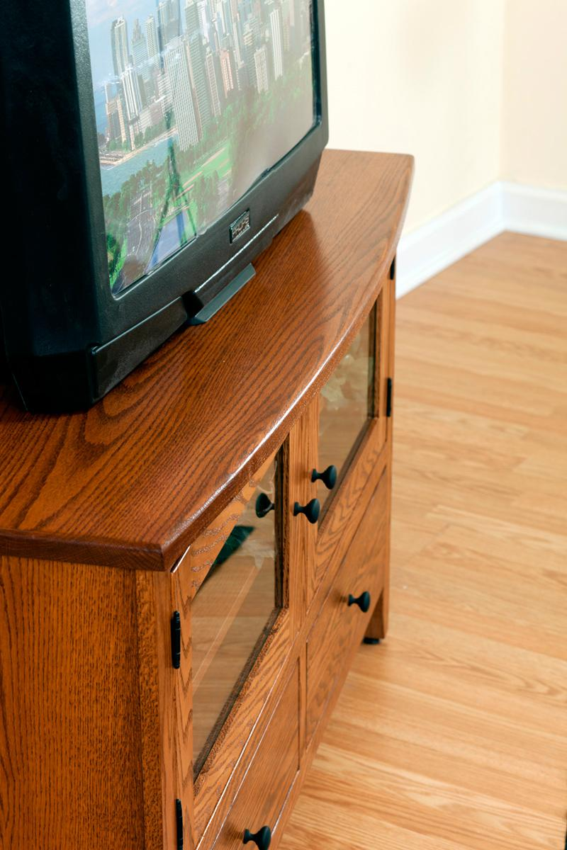 Shaker Economy TV Stand - detail
